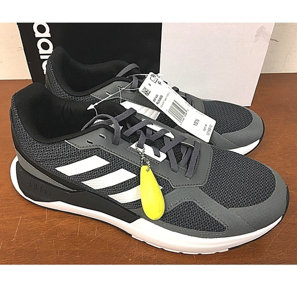 New Adidas Mens Run 8s Athletic Shoes